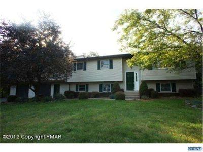 913 Wooddale Rd, East Stroudsburg, PA 18302