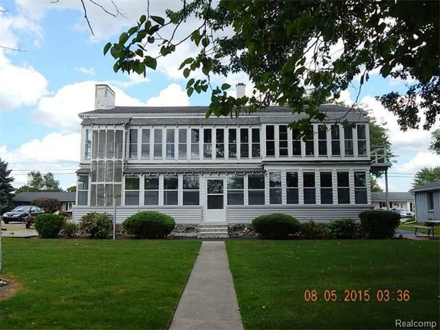 30372 young dr gibraltar mi 48173 home for sale and real estate listing
