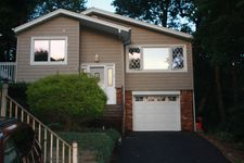 623 Dorothy Ln, Mount Arlington, NJ 07850