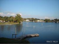 41 Beach Ln, Crystal River, FL 34429