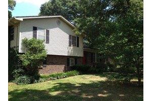 1436 Glenwood Dr, Maryville, TN 37803