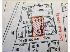 30 Hibiscus St, Fairfield, CT 06825