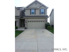 6816 Hampshire Ct, Maryville, IL 62062
