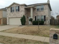 16520 Woodside Dr, Fort Worth, TX 76247