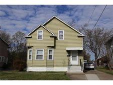 16877 Libby Rd, Maple Heights, OH 44137