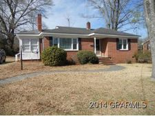 306 Halifax St, Williamston, NC 27892