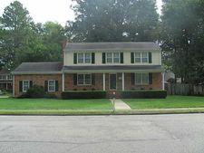 210 Windsor Castle Dr, Newport News, VA 23608