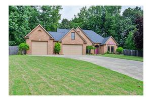 2500 Sutter Ln, Powder Springs, GA 30127