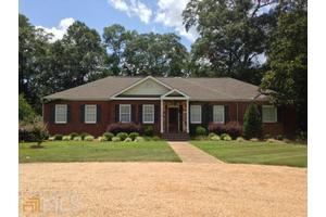 112 Francolyn Ter, West Point, GA 31833