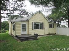 1618 Portugese Hill Rd, Jacksonville, IL 62650