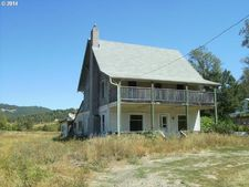 13450 Lookingglass Rd, Winston, OR 97496
