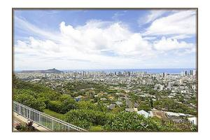 2765 Round Top Dr, Honolulu, HI 96822