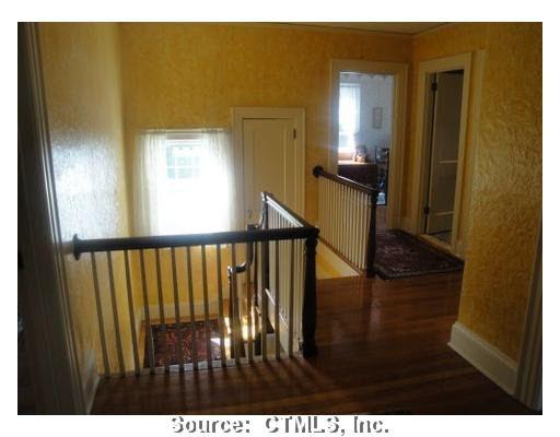 1195 Farmington Ave West Hartford Ct 06107 Realtor Com 174