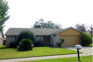 7922 Windy Creek Dr, Houston, TX 77040