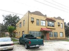 217 W Central Ave Apt 6, Howey In The Hills, FL 34737
