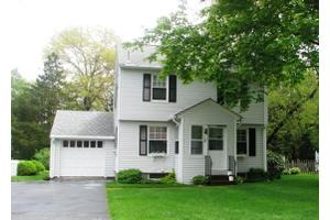 63 Egremont Ave, Pittsfield, MA 01201