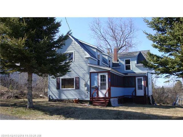15 huggard ave limestone me 04750 home for sale and