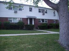 65 Cherry Hill Dr Unit 2B, Bridgeport, CT 06606