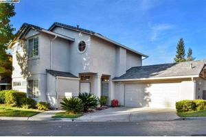121 Lakeridge Ln, San Ramon, CA 94582