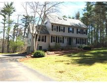 12 Jefferson Dr, Londonderry, NH 03053