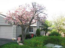 94 Branchwood Ln, Nanuet, NY 10954