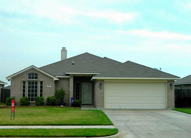 628 Ridgehill Dr, Burleson, TX