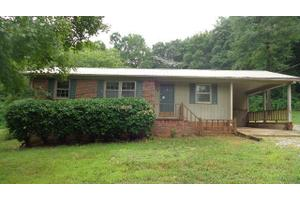 463 Southside Dr, Mcminnville, TN 37110