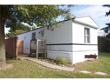 902 New Castle Rd, Worth Township But, PA 16057