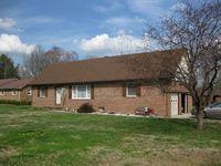 511 Lynnwood Ct, Murray, KY 42071