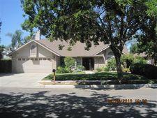 6427 N Adoline Ave, Fresno, CA 93711