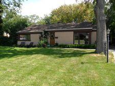 1947 Penfold Pl, Northbrook, IL 60062