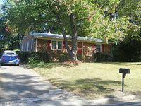 805 Claymore Ct, Reidsville, NC 27320