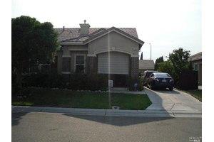1748 Newark Ln, Suisun City, CA 94585