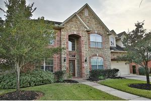 12731 Songhollow Dr, Tomball, TX 77377