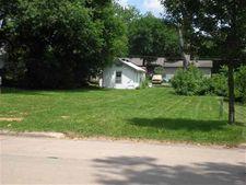 432 3rd Ave, Iowa City, IA 52245