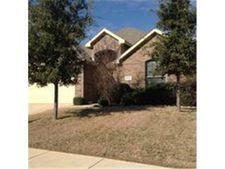 1233 Amazon Dr, Fort Worth, TX 76247
