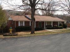10516 Blakewood Dr, Knoxville, TN 37922