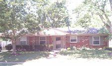 3535 Greentree Rd, Lexington, KY 40517