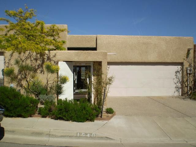 1640 Cliffside Dr Nw Albuquerque Nm 87105 Realtor Com 174