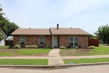 5241 Fisher Dr, The Colony, TX 75056