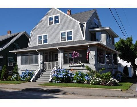 47 Manomet Ave, Hull, MA 02045