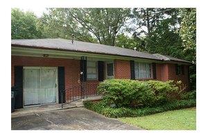 1717 Olive Springs Rd SE, Marietta, GA 30060