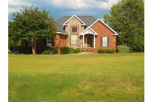 112 Cattail Ln, Thomasville, GA 31757