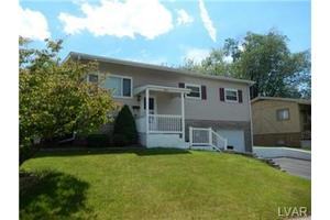 523 Faith Dr, Catasauqua Borough, PA 18032
