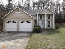 2045 Downs Pl, Lithonia, GA 30058