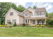 12263 Meredith Ln, Concord, OH 44077