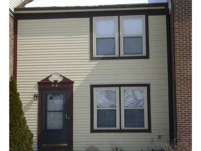 8282 Lariat Ct, Powell, OH