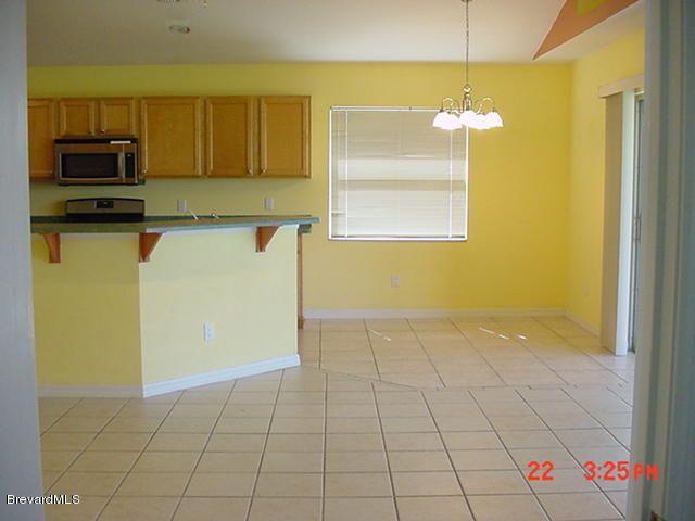 1231 Creek Side Cir, Rockledge, FL 32955