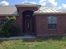 409 W Linar St, Hebbronville, TX 78361
