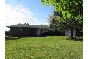 2120 N Meridian Rd, Rockford, IL 61101